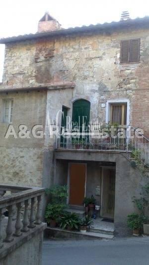 Appartamento in vendita a Cinigiano, 2 locali, zona Località: SassodOmbrone, prezzo € 25.000 | Cambio Casa.it