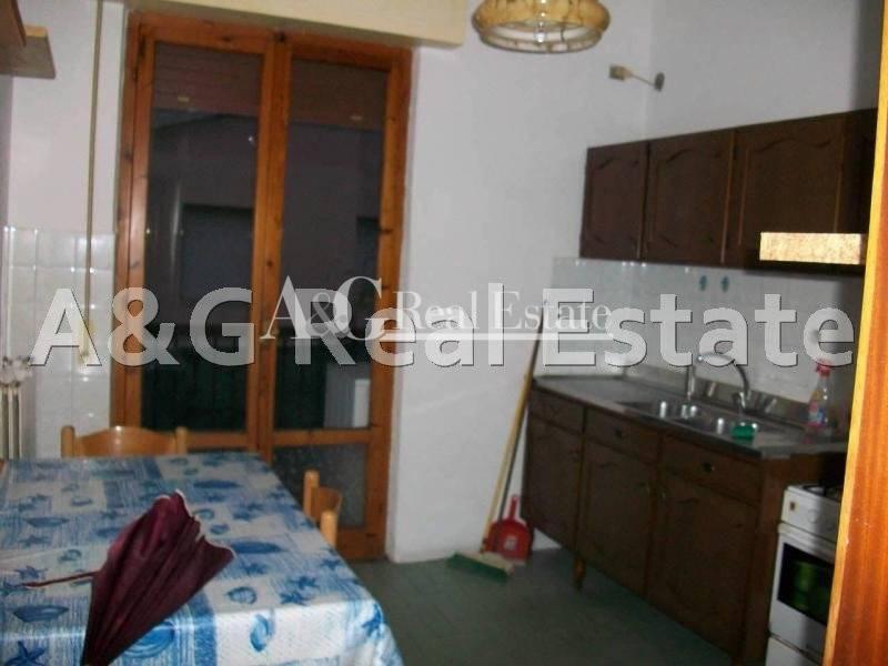 Appartamento in vendita a Grosseto, 4 locali, zona Località: MarinadiGrosseto, prezzo € 200.000 | Cambio Casa.it