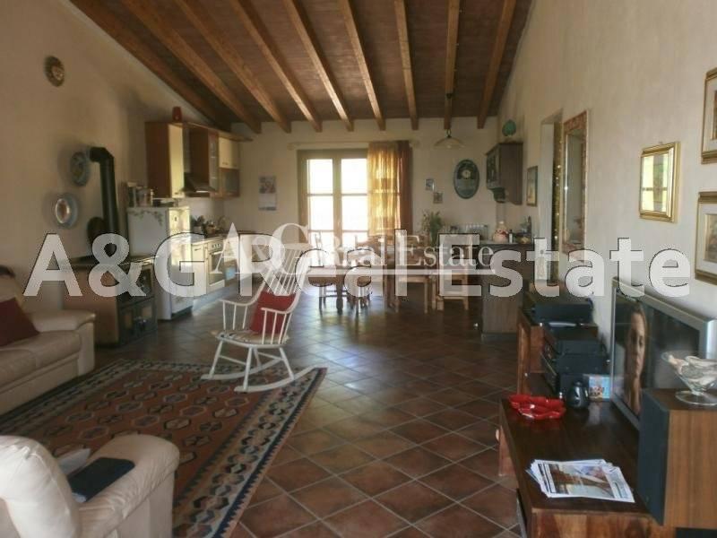 Villa in vendita a Castiglione della Pescaia, 6 locali, zona Zona: Vetulonia, prezzo € 650.000 | Cambio Casa.it
