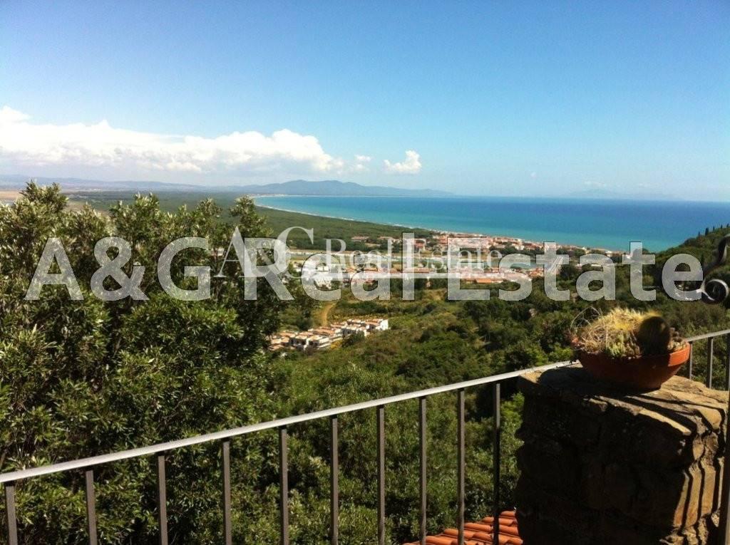 Villa in vendita a Castiglione della Pescaia, 6 locali, prezzo € 850.000 | Cambio Casa.it