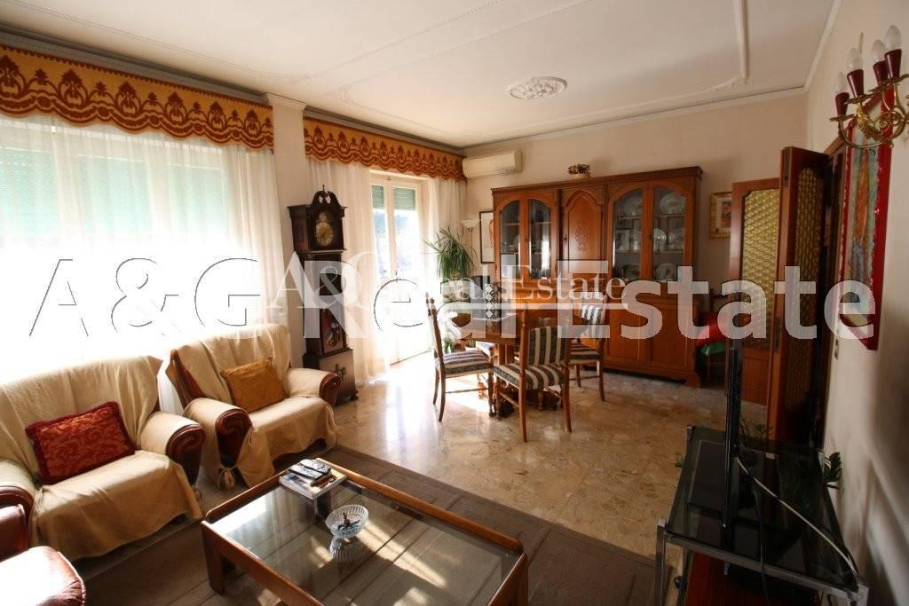 Appartamento in Affitto a Grosseto: 5 locali, 110 mq