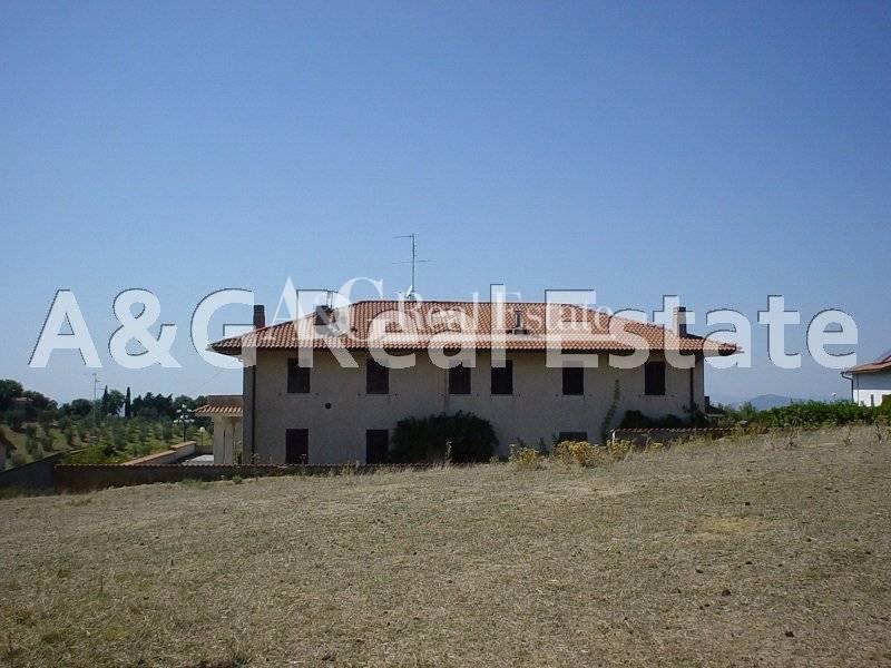 Villa in vendita a Scansano, 10 locali, zona Zona: Montorgiali, prezzo € 450.000 | Cambio Casa.it