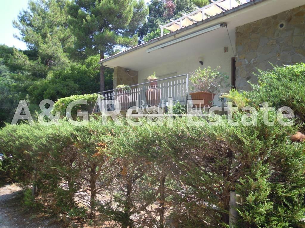Appartamento in vendita a Castiglione della Pescaia, 5 locali, prezzo € 600.000 | Cambio Casa.it