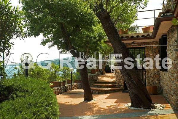 Villa in vendita a Monte Argentario, 4 locali, zona Località: PortoS.oStefano, prezzo € 800.000 | Cambio Casa.it