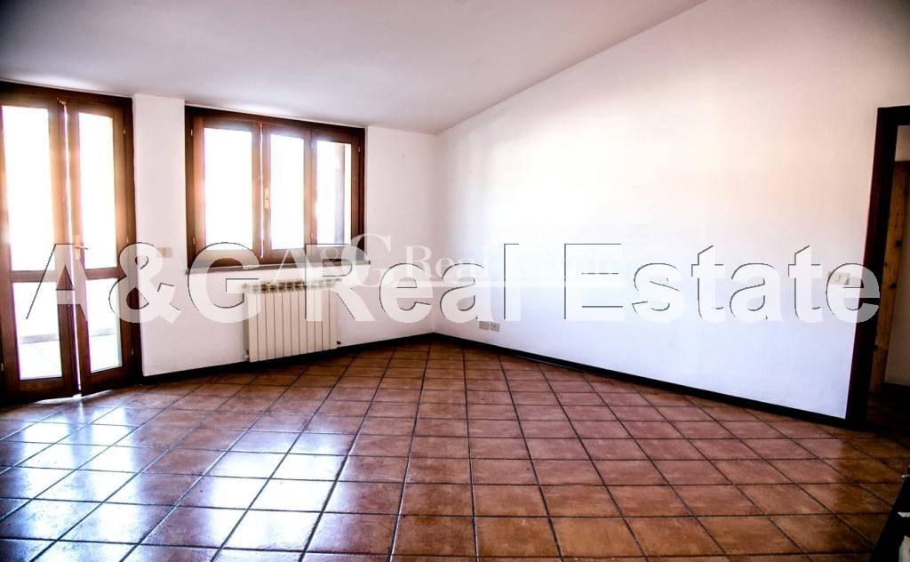 Appartamento in vendita a Castiglione della Pescaia, 4 locali, prezzo € 320.000 | Cambio Casa.it