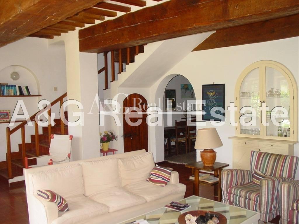 Soluzione Indipendente in vendita a Orbetello, 7 locali, zona Zona: Giannella, prezzo € 750.000 | Cambio Casa.it