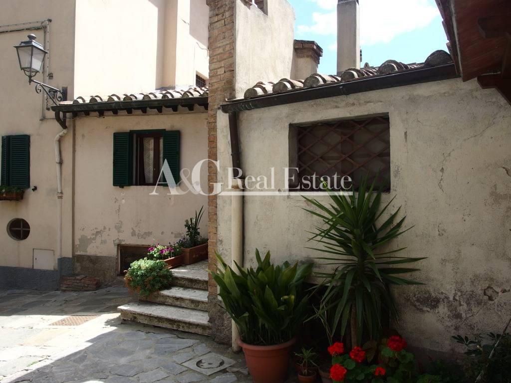 Appartamento in Vendita a Cinigiano