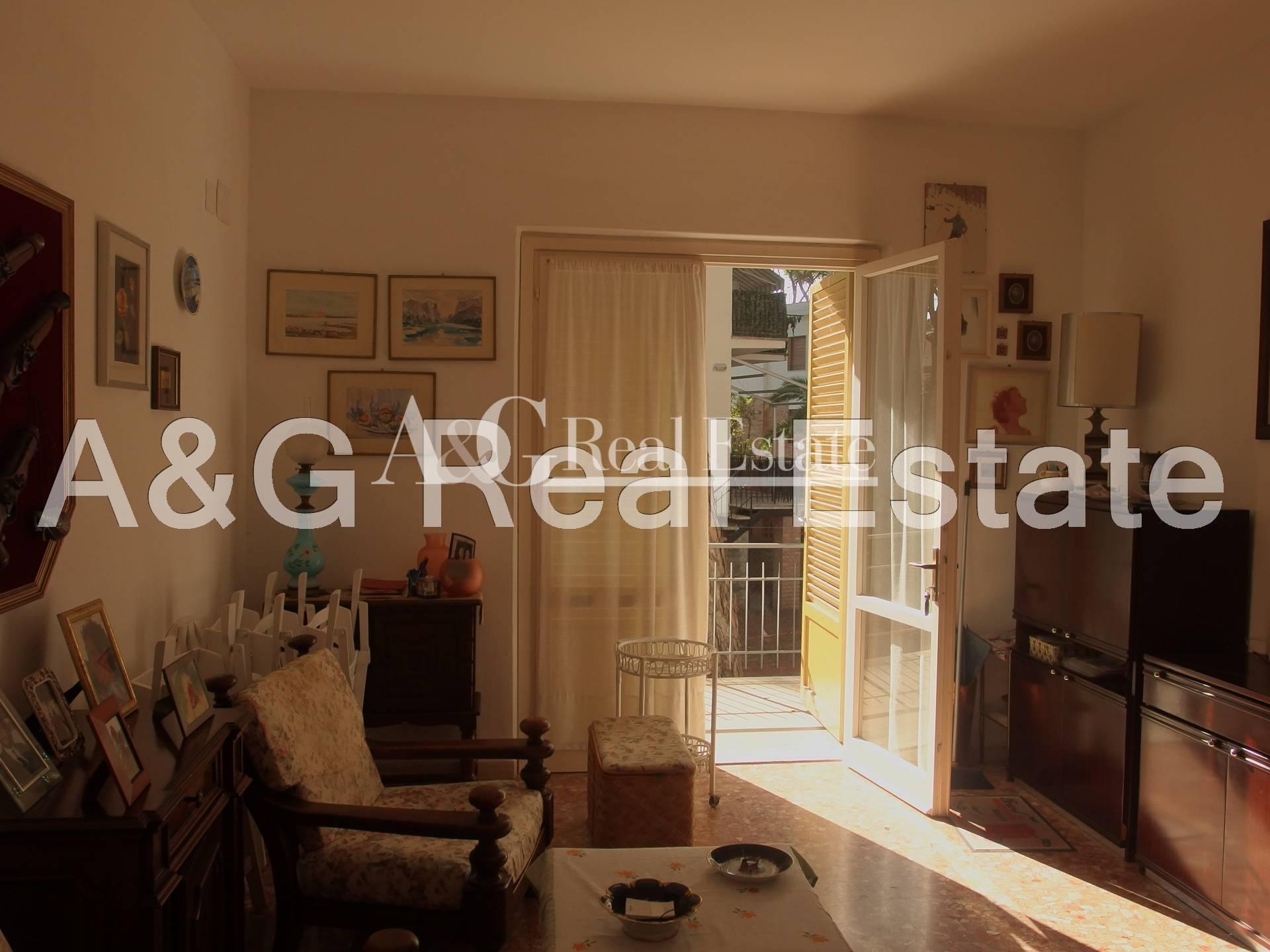 Appartamento in vendita a Grosseto, 6 locali, zona Località: MarinadiGrosseto, prezzo € 340.000 | Cambio Casa.it
