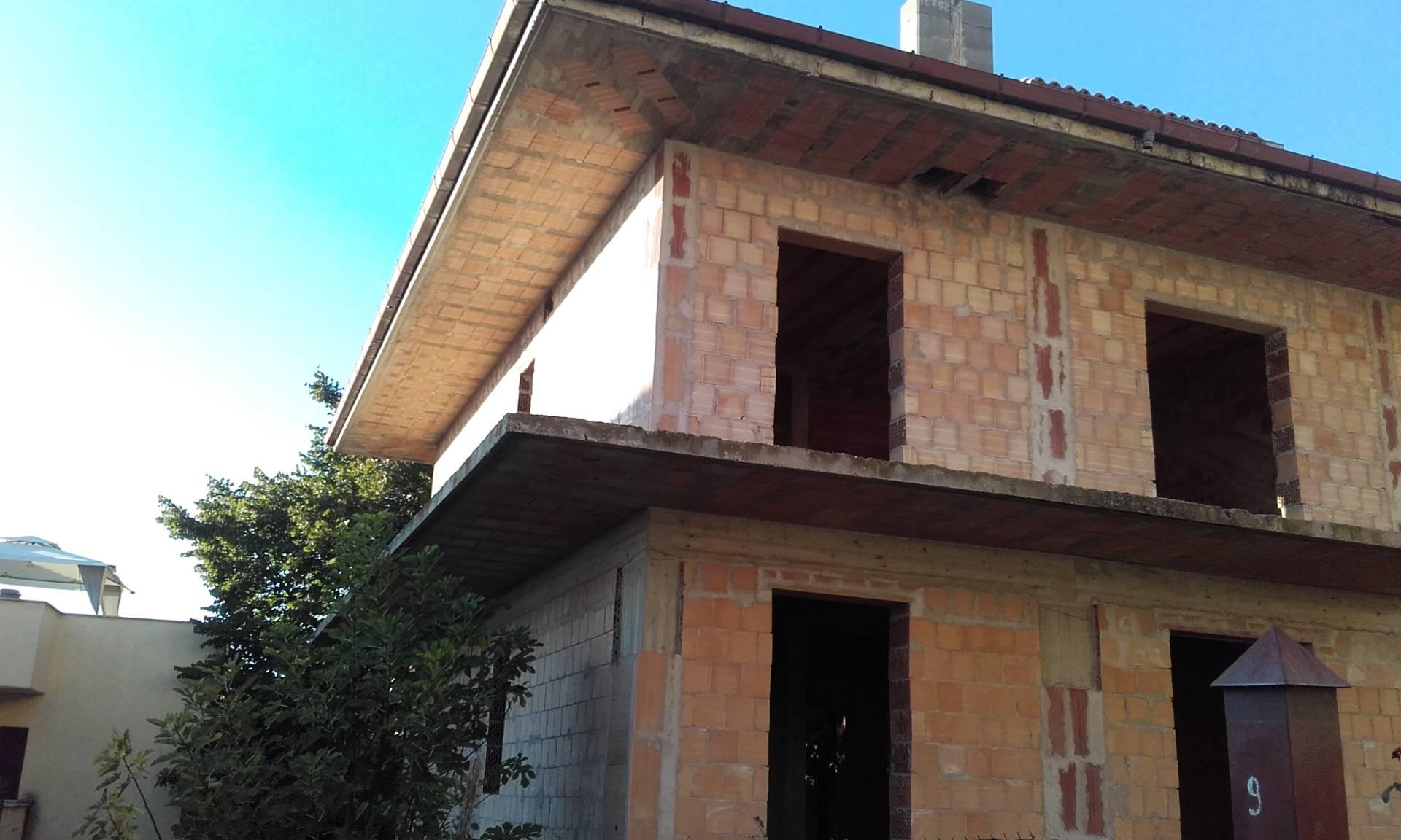 Soluzione Indipendente in vendita a Marcellina, 4 locali, zona Località: Paese, prezzo € 320.000 | CambioCasa.it