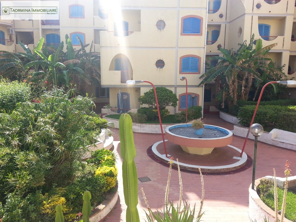 Bilocale Giardini Naxos  8