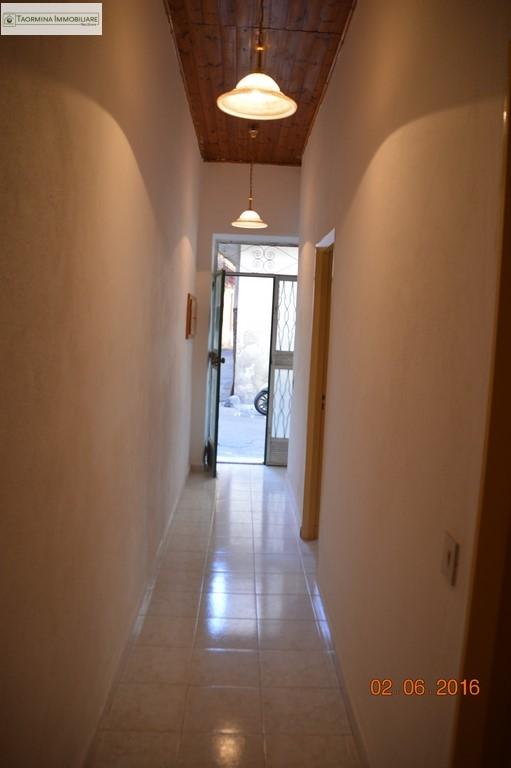 Bilocale Gaggi Via Roma 8