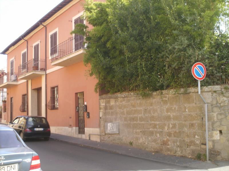 Appartamento in affitto a Manziana, 4 locali, prezzo € 500 | Cambio Casa.it