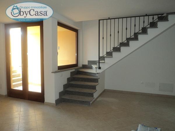 Villa in vendita a Oriolo Romano, 4 locali, prezzo € 250.000 | Cambio Casa.it