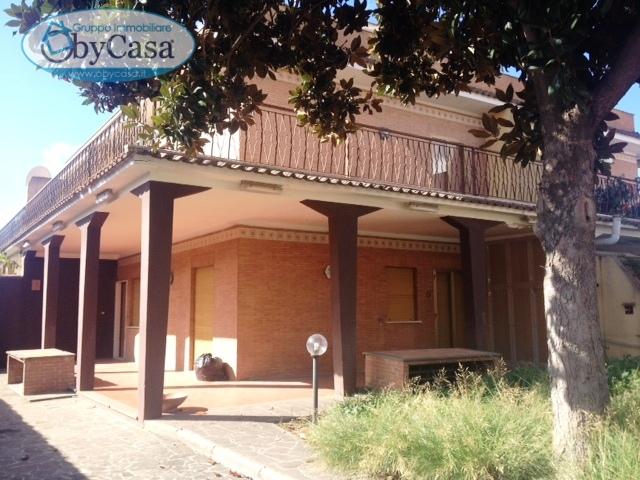Villa in vendita a Cerveteri, 6 locali, prezzo € 229.000 | CambioCasa.it