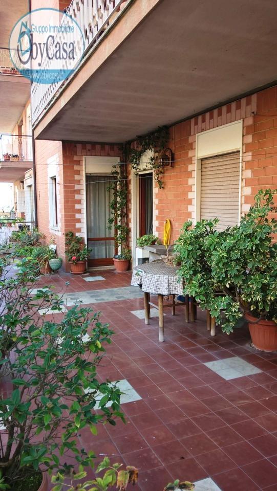 Appartamento in vendita a Bracciano, 3 locali, zona Zona: Centro, prezzo € 135.000 | CambioCasa.it