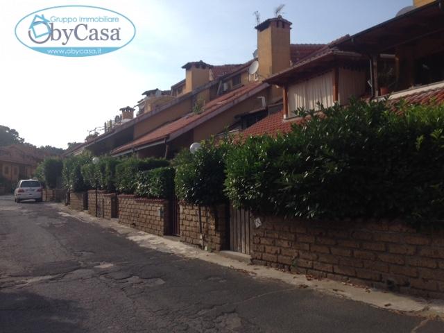 Villa a Schiera in vendita a Manziana, 2 locali, prezzo € 95.000 | Cambio Casa.it
