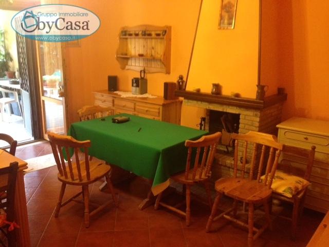 Bilocale Manziana Via Roma 5