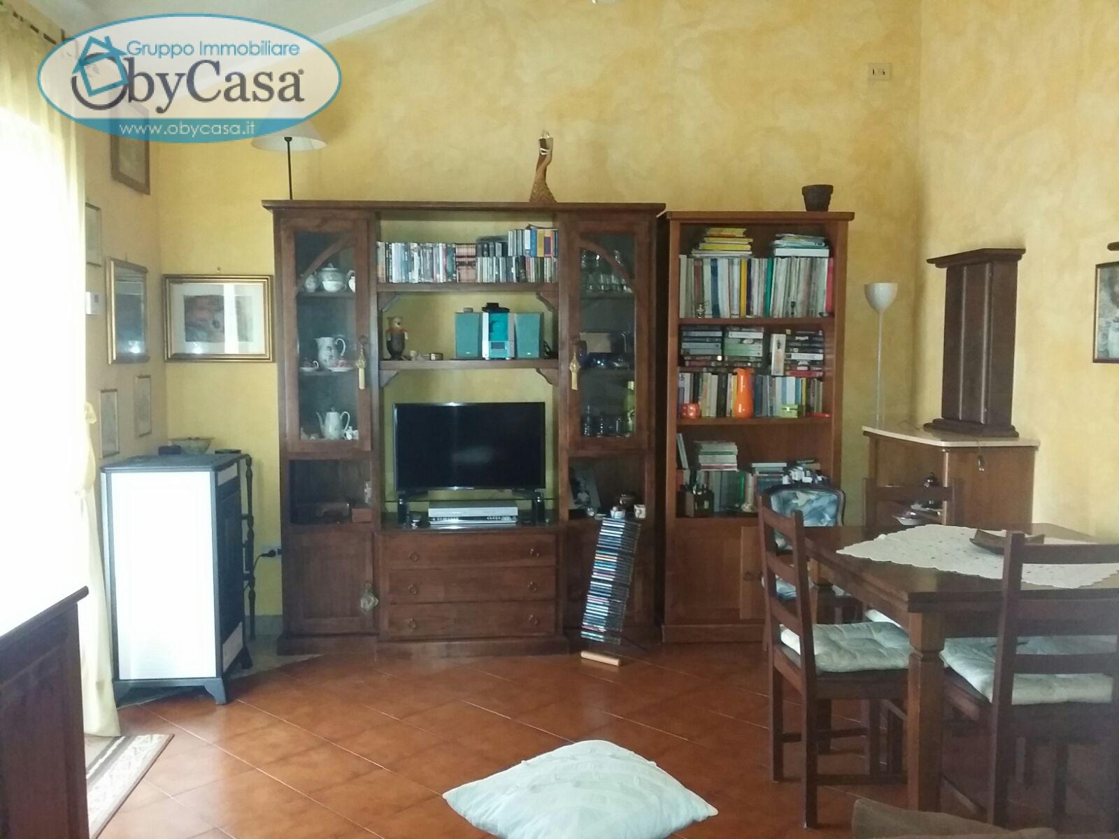 Bilocale Manziana Via Roma 6