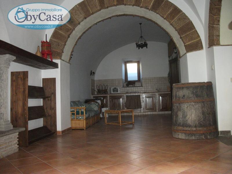 Negozio / Locale in vendita a Vejano, 9999 locali, prezzo € 99.000 | Cambio Casa.it