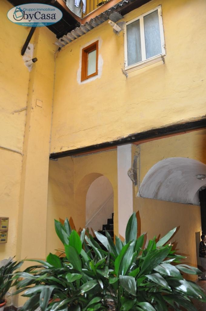 Appartamento in vendita a Ronciglione, 3 locali, prezzo € 99.000 | Cambio Casa.it