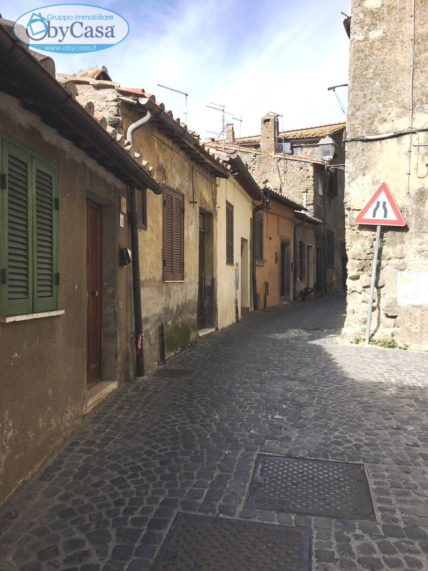 Appartamento in affitto a Bracciano, 2 locali, zona Località: centrostorico, prezzo € 600   Cambio Casa.it