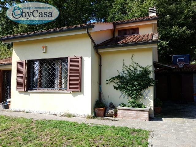 Villa in vendita a Manziana, 3 locali, prezzo € 215.000 | Cambio Casa.it