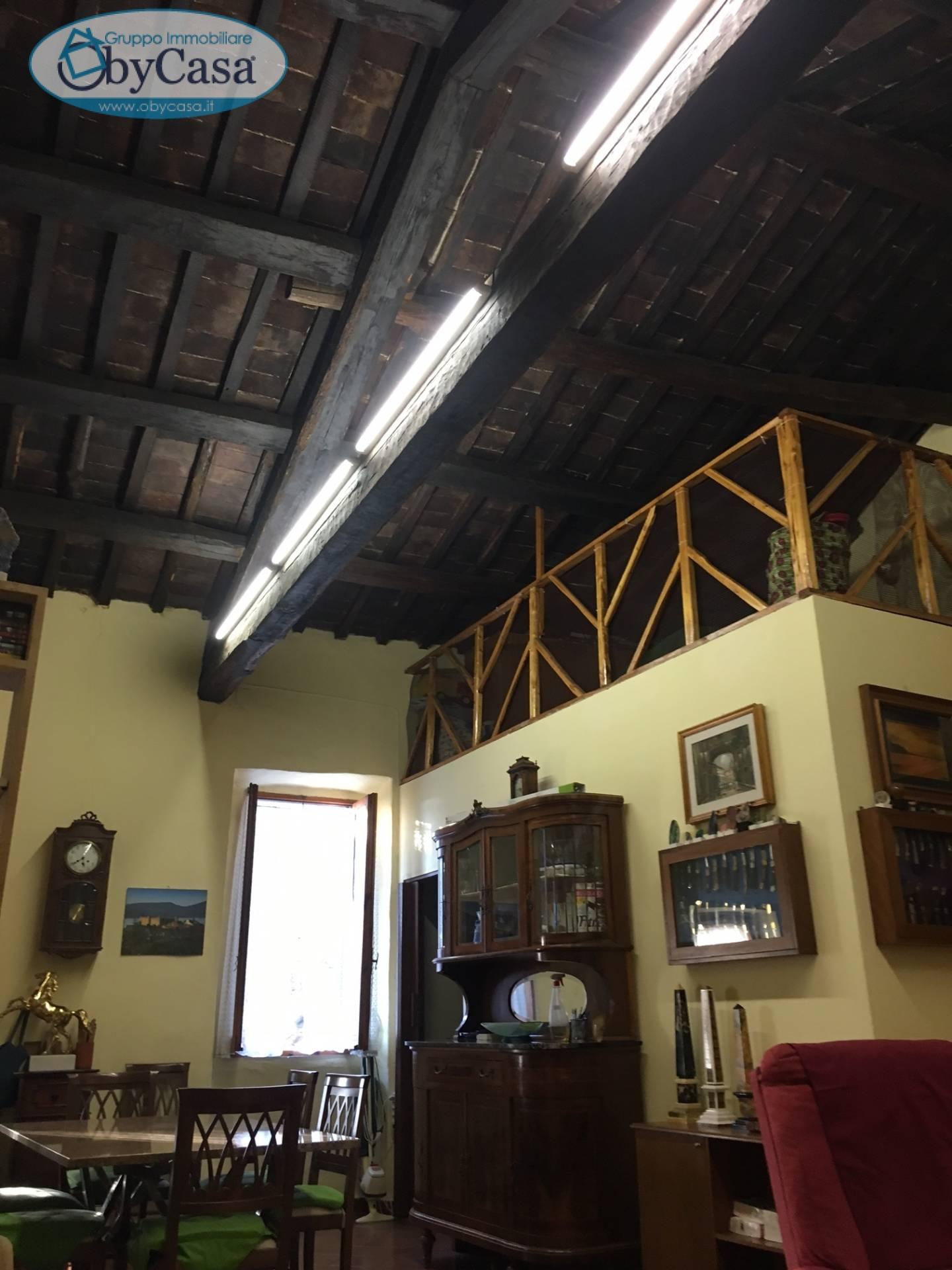 Bilocale Bracciano Via Fioravanti 5
