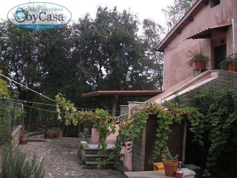 Bilocale Canale Monterano Piazza Porta Romana 2