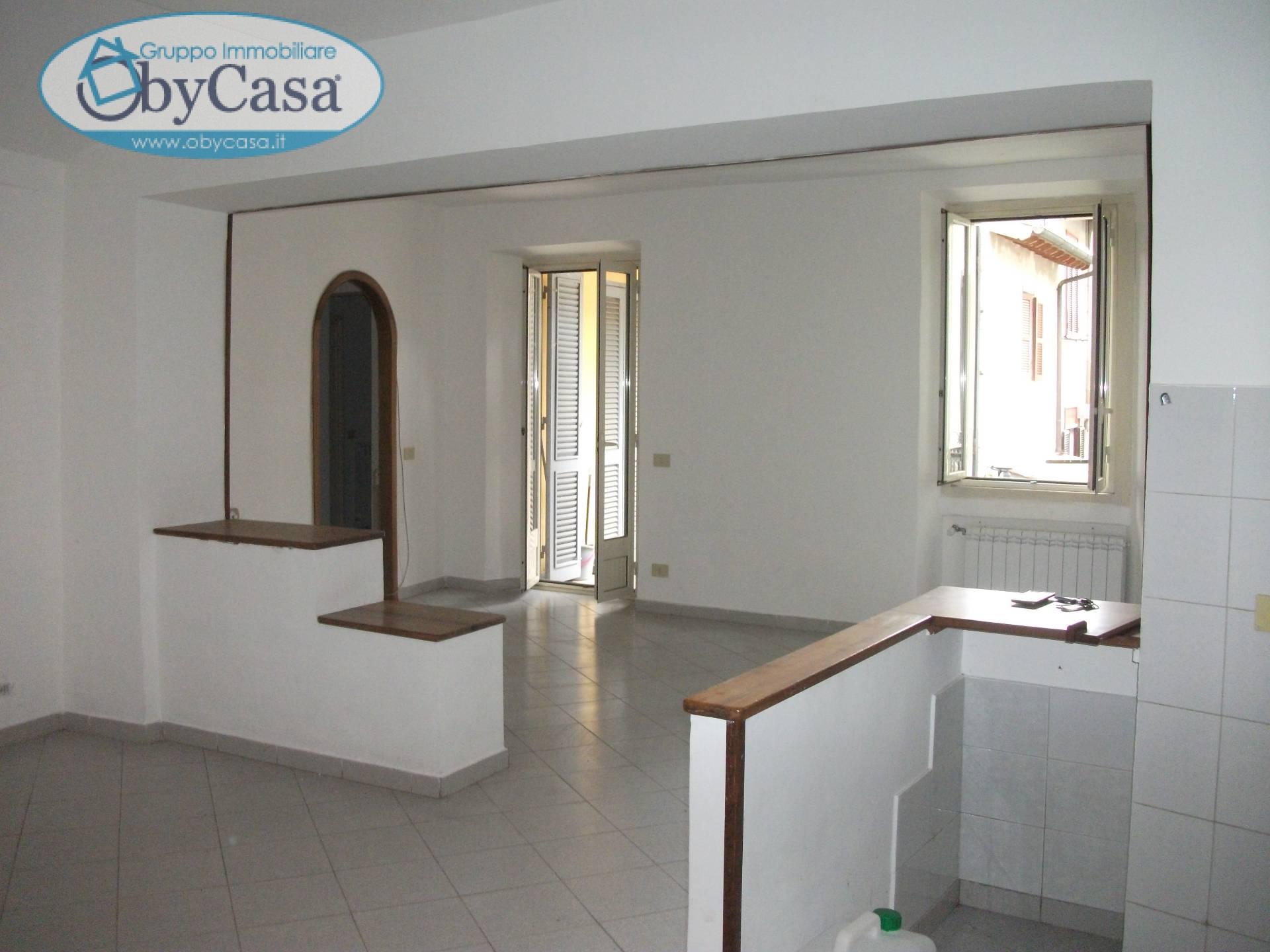 Appartamento in affitto a Oriolo Romano, 3 locali, prezzo € 400 | Cambio Casa.it