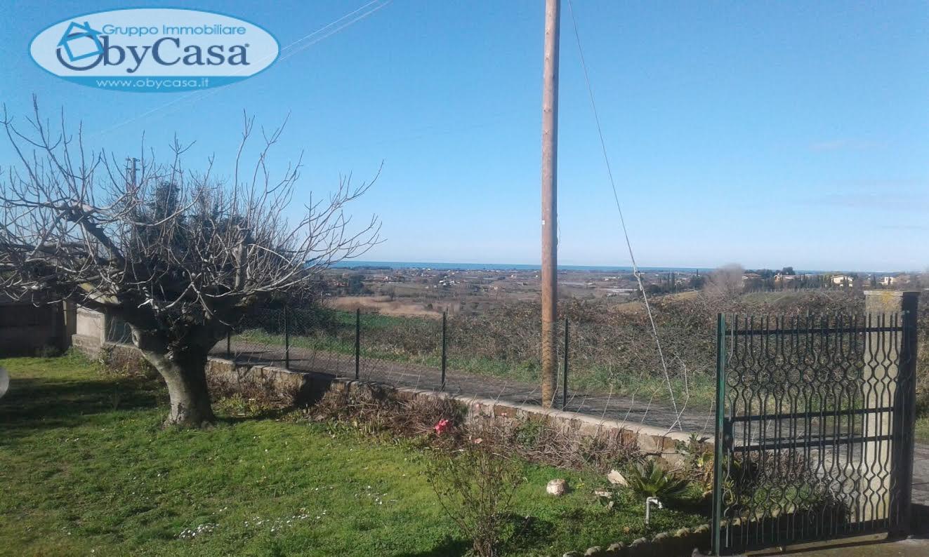 Villa in affitto a Cerveteri, 3 locali, prezzo € 400 | CambioCasa.it