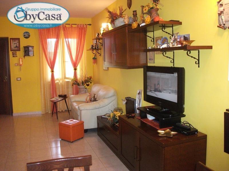 Appartamento in affitto a Oriolo Romano, 3 locali, prezzo € 390 | CambioCasa.it