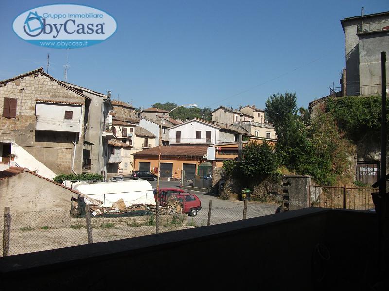 Soluzione Indipendente in vendita a Bassano Romano, 2 locali, zona Località: bassanoromano, prezzo € 28.000 | CambioCasa.it