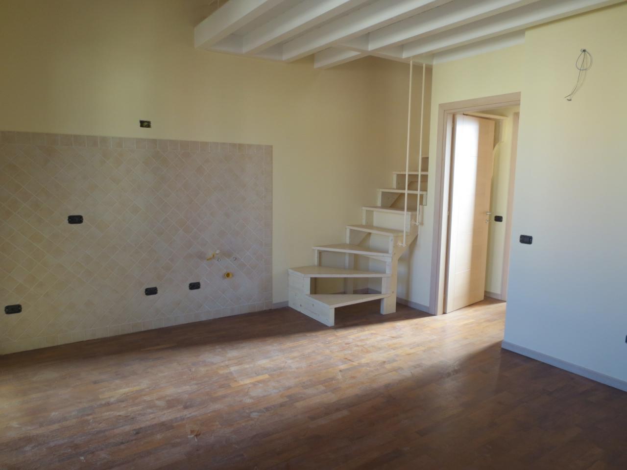 Bilocale Quartu Sant Elena Pressi Via Marconi 2