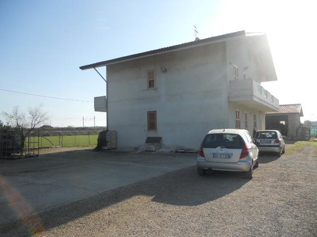 Soluzione Indipendente in vendita a Martinsicuro, 10 locali, prezzo € 450.000 | Cambio Casa.it