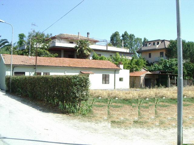 Terreno vendita MARTINSICURO (TE) - 7 LOCALI - 1015 MQ
