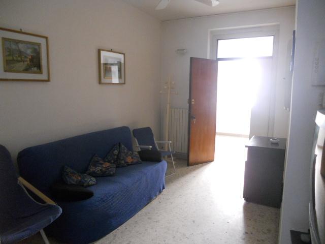 Bilocale San Benedetto del Tronto Via Cherubini 3