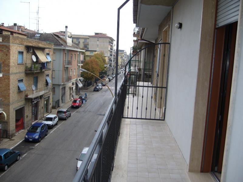 Bilocale San Benedetto del Tronto Via Golgi 4