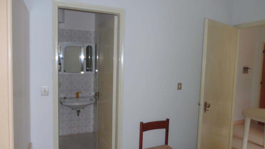 Bilocale San Benedetto del Tronto Via Zandonai 8