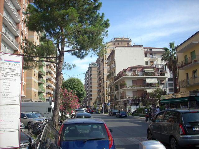 Bilocale San Benedetto del Tronto Viale De Gasperi 1