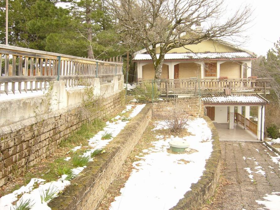 Appartamento in vendita a Montefortino, 4 locali, prezzo € 99.000 | Cambio Casa.it