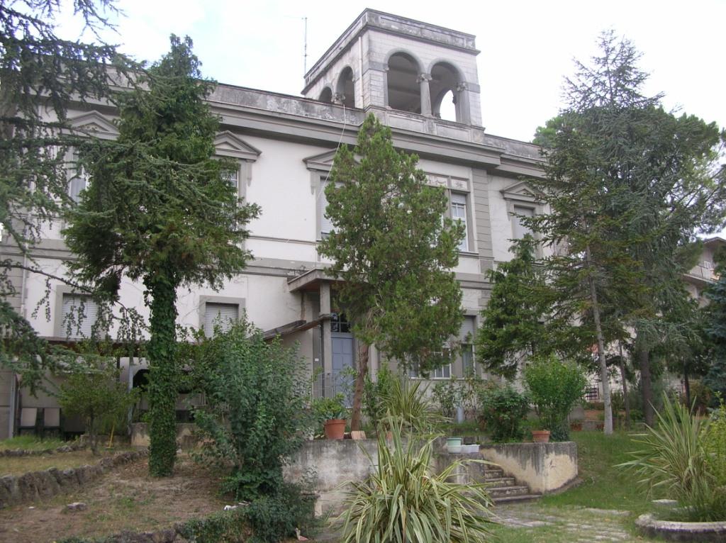 Villa in vendita a Scafa, 10 locali, Trattative riservate | Cambio Casa.it