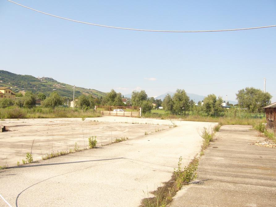 Capannone in vendita a San Benedetto del Tronto, 9999 locali, zona Località: StradaStatale16, Trattative riservate | Cambio Casa.it