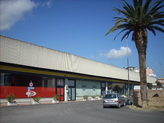 Negozio / Locale in vendita a San Benedetto del Tronto, 9999 locali, zona Località: PortodAscoli, prezzo € 200.000   Cambio Casa.it