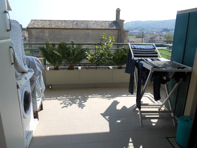 Appartamento in vendita a Corropoli, 4 locali, prezzo € 129.000 | Cambio Casa.it