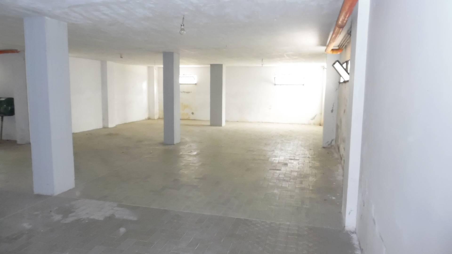 Box / Garage in vendita a San Benedetto del Tronto, 1 locali, zona Località: PortodAscolimare, prezzo € 160.000 | CambioCasa.it