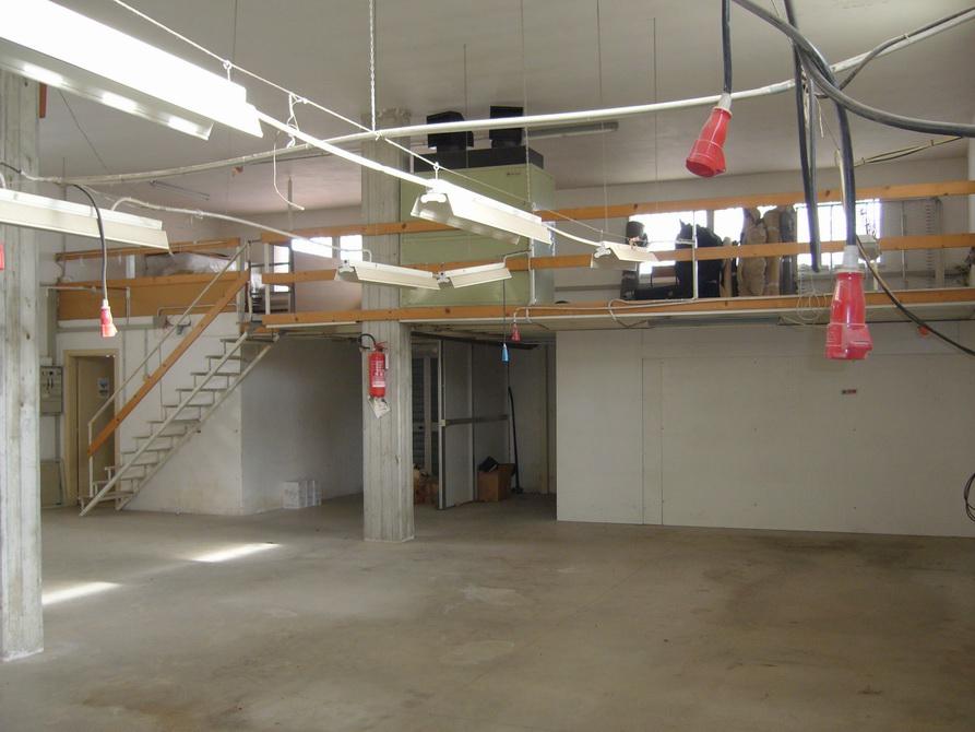 Laboratorio in affitto a Martinsicuro, 9999 locali, zona Località: Residenziale, prezzo € 700 | Cambio Casa.it