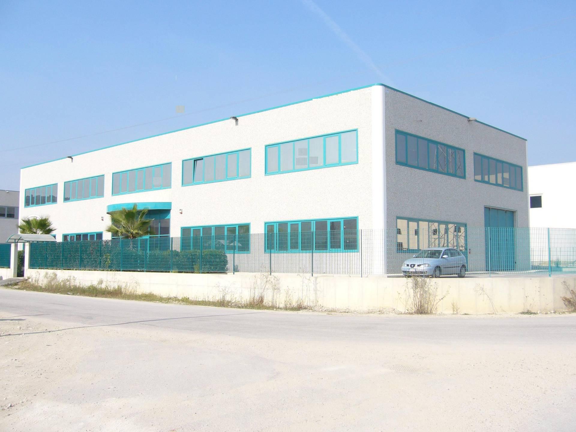 Laboratorio in affitto a Spinetoli, 9999 locali, zona Località: PagliaredelTronto, prezzo € 600 | Cambio Casa.it