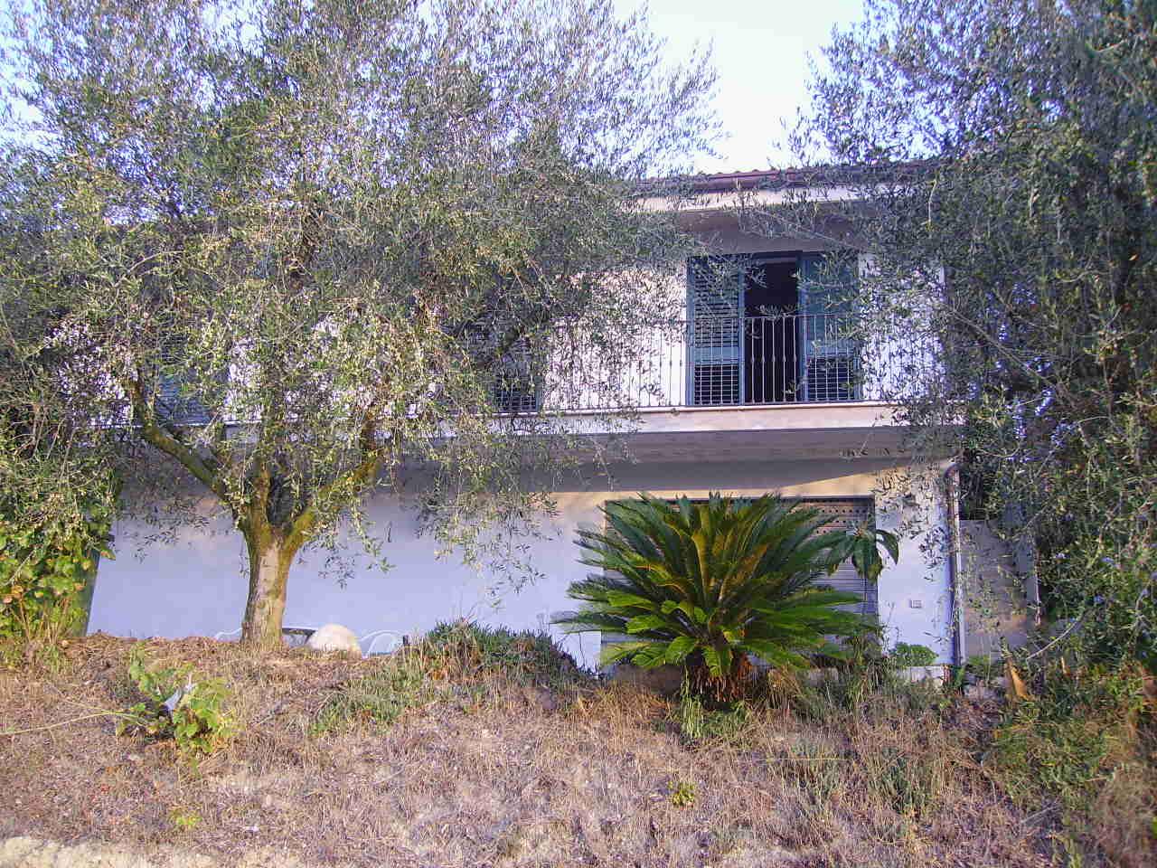 Soluzione Indipendente in vendita a San Benedetto del Tronto, 7 locali, zona Località: PortodAscoli, prezzo € 380.000 | Cambio Casa.it