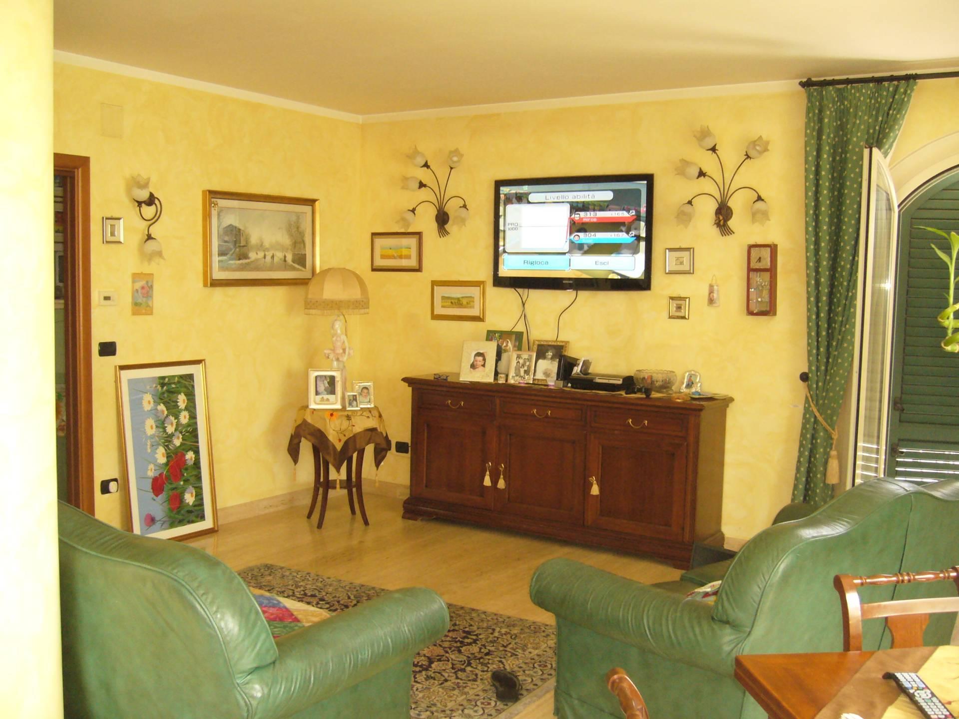 Soluzione Indipendente in vendita a San Benedetto del Tronto, 9 locali, zona Località: PortodAscoli, Trattative riservate | Cambio Casa.it