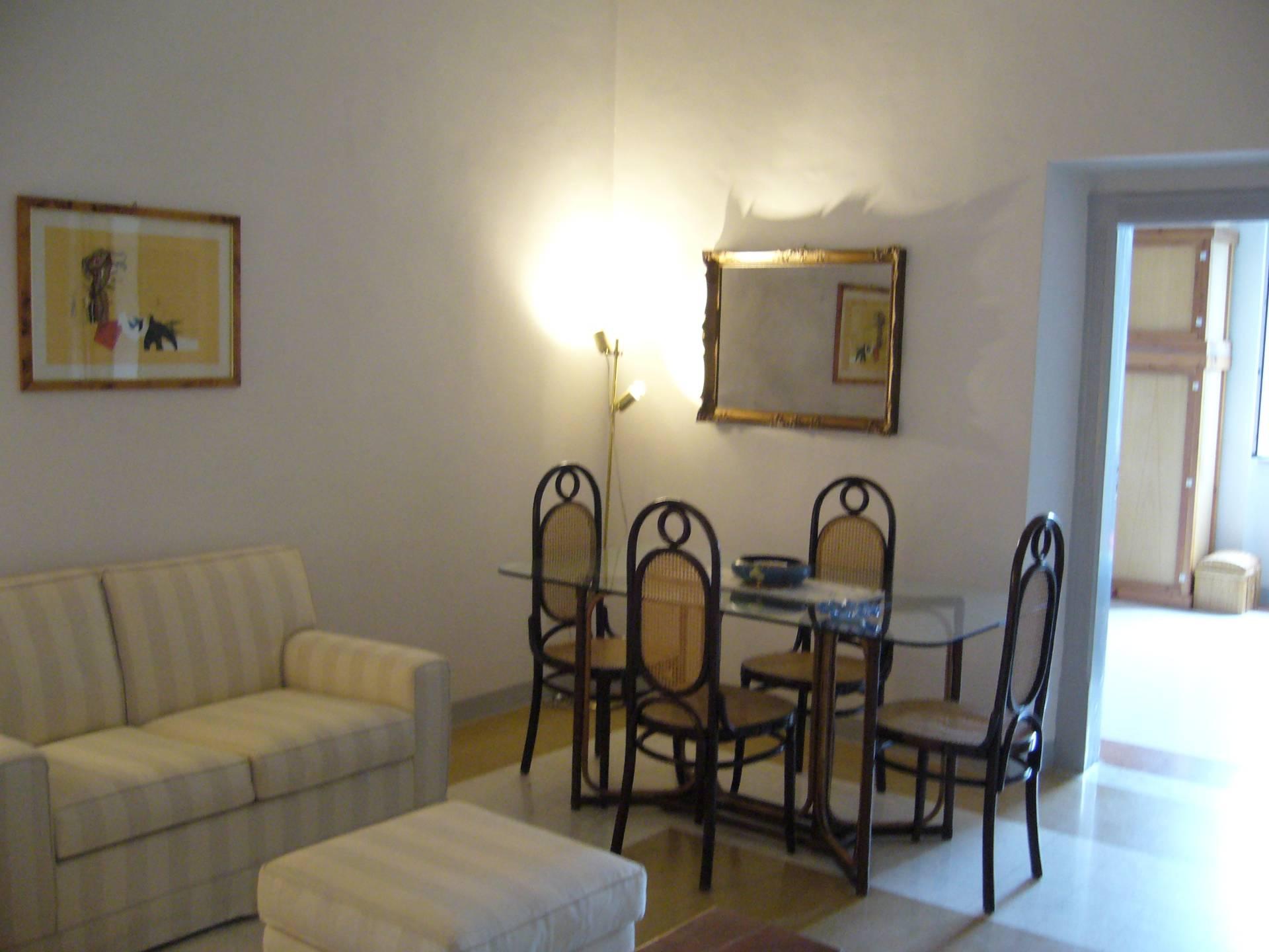 Soluzione Indipendente in vendita a San Benedetto del Tronto, 12 locali, zona Località: Centro, Trattative riservate | CambioCasa.it